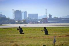 Żołnierza Sofia lotniska demonstracje Fotografia Royalty Free