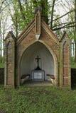 Ołtarz na Waldfriedhof w Dambeck blisko Greifswald, Niemcy (lasowy cmentarz) zdjęcia royalty free