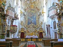 Ołtarzowy barokowy kościół Święty krzyż, Sazava monaster, republika czech, Europa Obrazy Royalty Free
