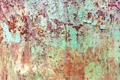 Ośniedziała malująca metal tekstura, stara żelazo powierzchnia z podławą krakingową farbą i narysy, abstrakcjonistyczny grunge tł fotografia stock