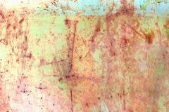 Ośniedziała malująca metal tekstura, stara żelazo powierzchnia z podławą krakingową farbą i narysy, abstrakcjonistyczny grunge tł zdjęcia royalty free