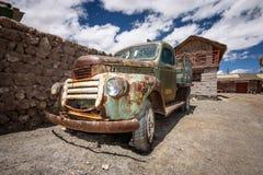 Ośniedziała stara ciężarówka, Uyuni, Boliwia Obrazy Royalty Free