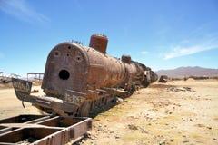 Ośniedziałe parowe lokomotywy, taborowy cmentarz w Boliwia Obrazy Stock