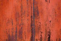 Ośniedziały metal z obieranie Czerwoną farbą Obraz Stock