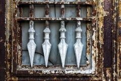 Ośniedziały metalu drzwi Obrazy Royalty Free