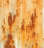 Ośniedziały metalu tło z krakingowej farby tekstury prostokąta pomarańczowym białym brown szorstkim kształtem Zdjęcia Stock