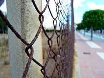 Ośniedziały ogrodzenie w Rota, Hiszpania Zdjęcia Stock