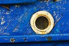 Ośniedziały porthole w obieranie farbie zdjęcie royalty free