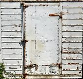 Ośniedziały prostokąta metalu drzwi obraz royalty free