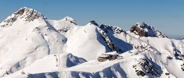 Ośrodek narciarski Rosa Khutor Góry Krasnaya Polyana 2014 2018 filiżanki gier olimpijski Russia Sochi zima świat Fotografia Royalty Free