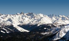 Ośrodek narciarski Rosa Khutor Góry Krasnaya Polyana 2014 2018 filiżanki gier olimpijski Russia Sochi zima świat Obrazy Stock