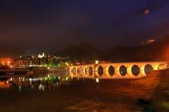 O ¡ de Mehmed PaÅ uma ponte do ‡ de SokoloviÄ, no egrad do ¡ de ViÅ, sobre Drina River em Bósnia e em Herzegovina orientais foto de stock royalty free