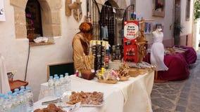 O árabe introduz no mercado a Espanha de Ibiza Foto de Stock