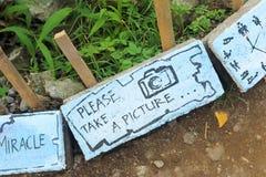 """O †feito a mão do sinal """"toma uma imagem! Foto de Stock Royalty Free"""