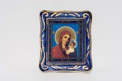 O ícone da mãe do deus de Kazan fotos de stock royalty free