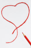 Ołówek i czerwony serce Zdjęcie Royalty Free