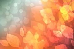 o Αφηρημένη εορταστική φθινοπώρου σύσταση υποβάθρου κλίσης χρυσή ρόδινη φωτεινή με τα φύλλα Ινδικό καλοκαίρι E διανυσματική απεικόνιση