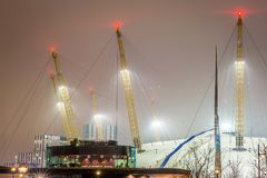 O2ий арена в ноче, Лондон Стоковые Фотографии RF