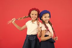 o 友谊和妇女团体 愉快的妹 r r 孩子的 免版税库存图片
