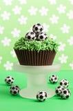 ποδόσφαιρο κέικ γενεθλί&o Στοκ Φωτογραφία