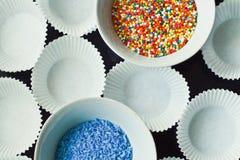 O açúcar polvilha nas placas Foto de Stock Royalty Free