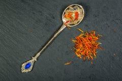 O açafrão turco é a especiaria muitos pratos Fotos de Stock Royalty Free