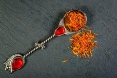 O açafrão turco é a especiaria muitos pratos Foto de Stock