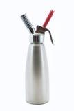 O aço inoxidável chicoteou o distribuidor de creme Fotografia de Stock Royalty Free