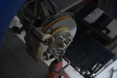 o ABS do rolamento do cubo de roda da parte dianteira dos freios dianteiros trava Imagens de Stock