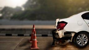 o acidente de trânsito danificou no acidente na rua, d do acidente de viação da estrada Imagens de Stock