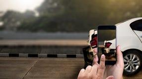 o acidente na rua, automóveis danificados toma a C.A. do acidente de viação da foto Fotografia de Stock Royalty Free