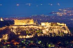 O Acropolis na noite fotos de stock