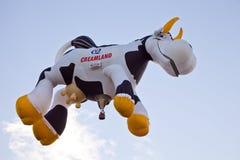 O Airabelle de Creamland o balão de ar quente da vaca fotografia de stock royalty free