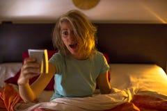 O alarme está soando: está atrasado, o fim do prazo é hoje Imagens de Stock