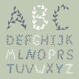 O alfabeto tirado mão floresce letras Imagens de Stock Royalty Free