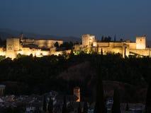 O Alhambra em Granada na noite Fotografia de Stock Royalty Free