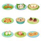 O alimento criativo para crianças na forma dos animais e dos pássaros ajustou ilustrações do vetor em um fundo branco Imagens de Stock Royalty Free