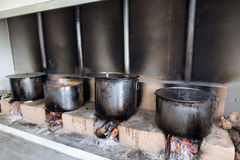 O alimento grego tradicional está sendo preparado para o festival anual grande Fotos de Stock