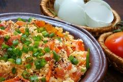O alimento vietnamiano, tomate faz saltar o ovo fotografia de stock