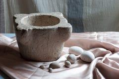 O almofariz da pedra Fotos de Stock