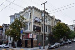 O alojamento em Haight Street fotos de stock royalty free