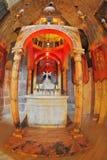 O altar de mármore da capela com ícones Foto de Stock Royalty Free