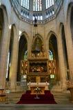 O altar - interior da igreja do St Barbara, Kutna Hora, República Checa imagem de stock royalty free