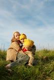 O amarelo tampa gnomes Fotografia de Stock