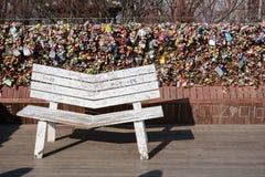 O amor padlocks na torre de N Seoul, Coreia do Sul fotografia de stock