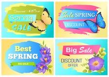 O anúncio grande da venda da mola etiqueta a borboleta das flores Fotos de Stock