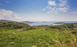 O anel do Kerry, vista ao Oceano Atlântico fotos de stock
