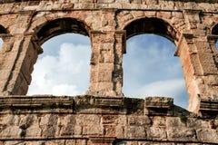 O anfiteatro antigo nos Pula, Croácia fotografia de stock