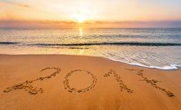 O ano novo 2017 é conceito de vinda Ano novo feliz 2017 Imagem de Stock Royalty Free