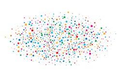 O arco-íris brilhante colorido colore papéis redondos dos confetes ovais da nuvem isolados no fundo branco Molde do aniversário Fotos de Stock Royalty Free
